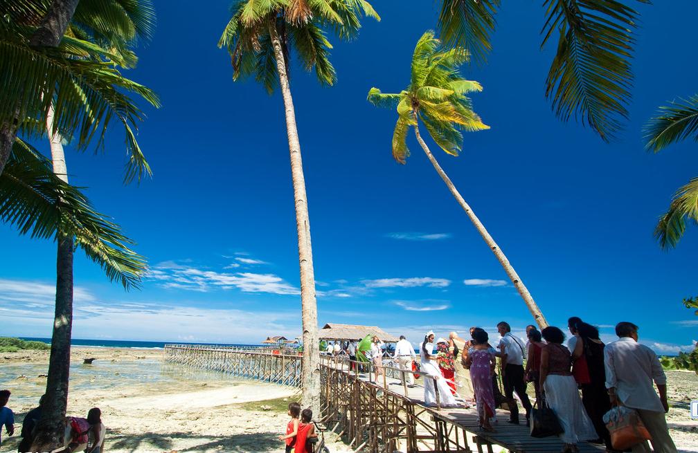 长滩岛出海游+沙滩烧烤晚会:含螃蟹船出海,海上垂钓,珊瑚花园浮潜